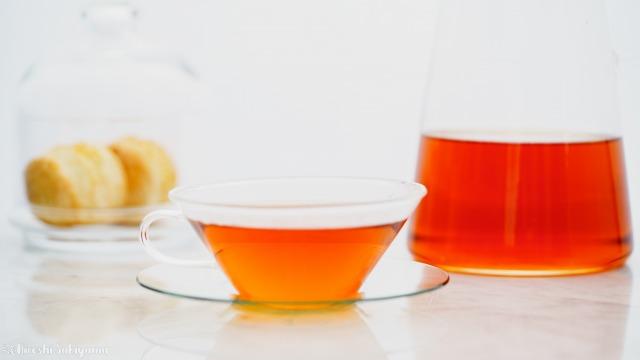 紅茶とスコーン