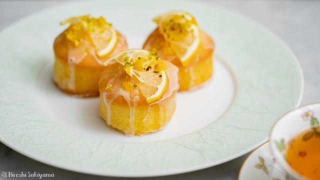 レモンドリズルケーキ
