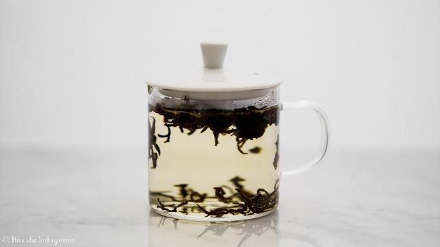 中国茶をテイスティングカップで